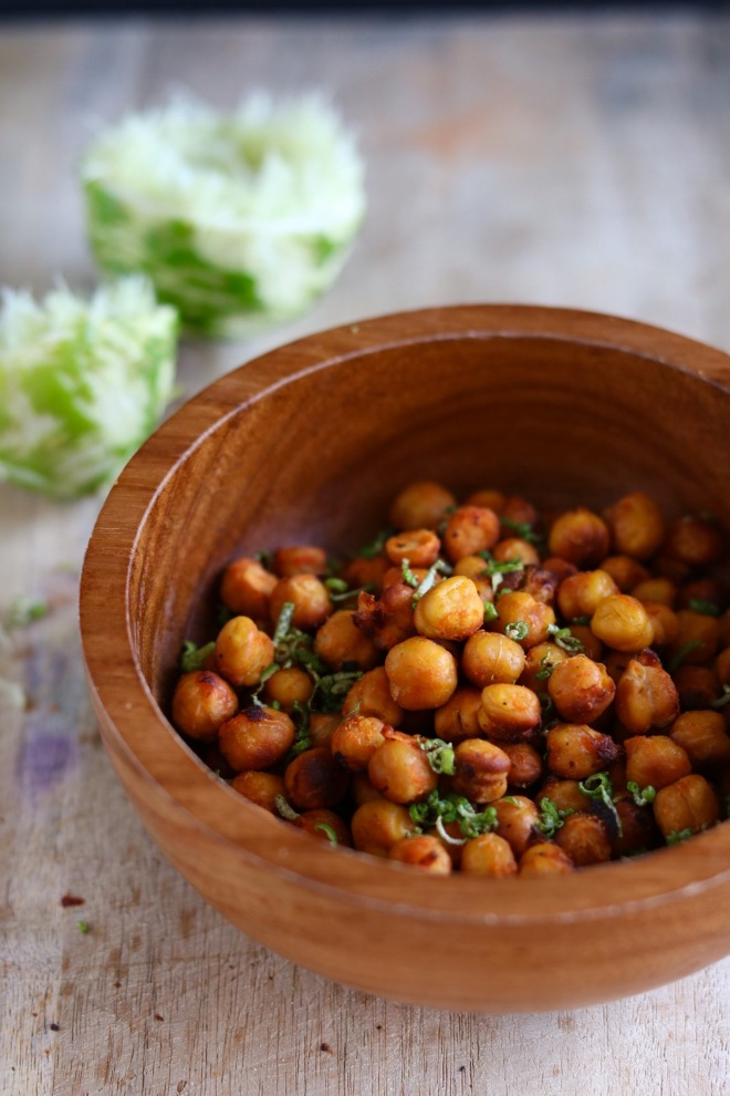 oven roasted sriracha and lime chickpeas