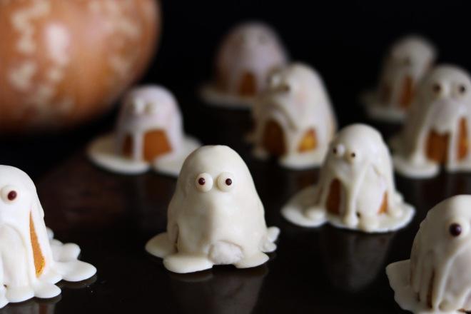 pumpkin ghost truffles